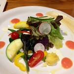 GEA 0053 - サラダのアップ