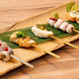 地物や旬の新鮮魚介を串焼きで♪専門店ならではの品数が自慢!