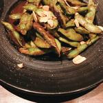 Bistro uokin - 枝豆ソテーガーリック醤油