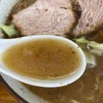 くまもとらーめん ブッダガヤ - マー油の味強めな濃すぎるスープ