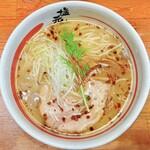長浜塩元帥 - 料理写真:天然塩ラーメン 760円