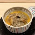 Haramasa - 蟹とフォアグラの茶碗蒸しトリュフがけ フォアグラの濃厚な味わいにトリュフの華やかな香り、ふんわりとしたお出汁の味が、全てを円やかに包み込むのです♪