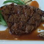 アコウキッチン - お肉は絶妙な焼き加減
