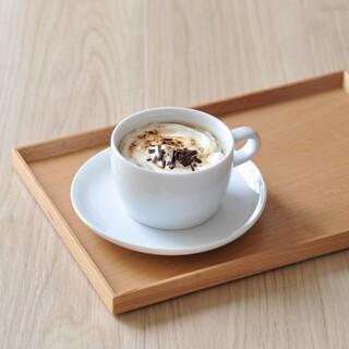 日本茶きみくら - ドリンク写真:ほうじ茶ラテ