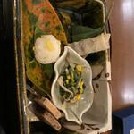 花小宿 - 前菜 生麩の柚味噌餡 黒豆春巻き、などなど