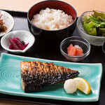 北の大衆酒場 きたか食堂 - 釧鯖塩焼き定食