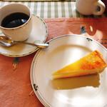 キャセロール - ホットコーヒー&デザート