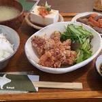 knut - 鶏の唐揚げランチ 850円