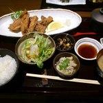 13889622 - 鶏の唐揚げ定食