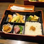 いまが旬 あ・うん - 料理写真:あ・うん弁当1100円税込
