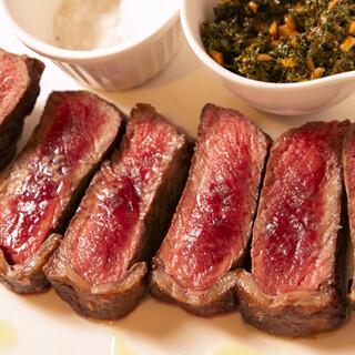 こだわりの牛肉料理を多数ご用意。存分にお楽しみいただけます!
