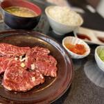 焼肉せんりゅう - ハラミ定食