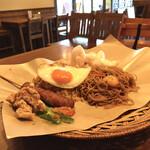 アジアンオールドバザール ウブドレストラン - ウブドスペシャル。 以前はお皿でしたがペーパーに変わりました。