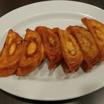 バーミヤン - アカ餃子