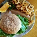 MidCreek Cafe - スペシャルハンバーガー