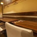 日本酒と和薬膳 ソラマメ食堂 - テーブル席