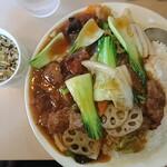 老広東 - 料理写真:牛肉飯