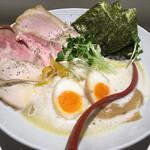 鶏そば 朱雀 - 料理写真: