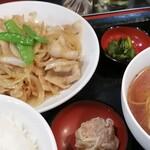 大龍飯店 - しょうが焼き定食