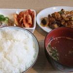 とんがら - ホルモンポッカ定食(700円)