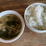 中華バルSAISAI。 - ハマチのアラで取ったわかめとたまご、       椎茸のフィッシュスープ、ごはん
