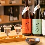 浅野日本酒店 - きき酒セット
