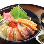 淡路ごちそう館 御食国 - 海鮮丼