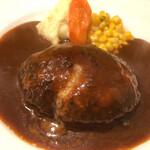 キッチン umasan - 自家製シチューソース ハンバーグ(肉汁決壊 笑)