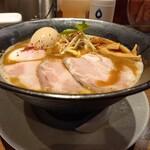 RAMEN 風見鶏 - 鶏白湯赤味噌(味玉)
