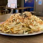 肉処 祭り - 屋台の肉たっぷり焼きそば*528円(税込)