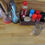 大光そば - 料理写真:カウンターの薬味