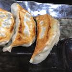 九州宮崎ラーメン響 - セット餃子 肉の旨味が半端ない!