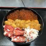 知床食堂 - 料理写真:うに・かに・いくらの三色丼