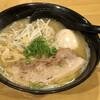 広島らーめん 平の家 - 料理写真:豚骨醤油 玉子のせ 800円