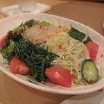 Osteria EST ! - 季節の野菜を使っていろいろ野菜サラダ