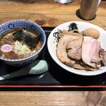 松戸中華そば 富田食堂 - 料理写真:特製濃厚つけ麺