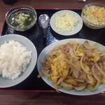 順香 - 豚肉・卵・玉ネギの炒め物