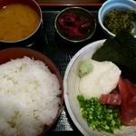 13905290 - マグロ山かけ定食700円
