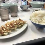 一楽ラーメン - 料理写真:餃子と大ごはん