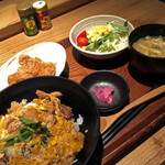 139056835 - ミニ親子丼と唐揚げ膳