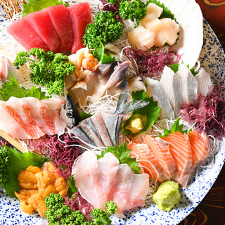 """【大漁】食べていただきたいのはやっぱり…""""刺身盛り合わせ""""‼"""