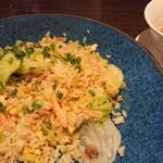 上海ヌードル 珊 - 蟹とレタスの炒飯