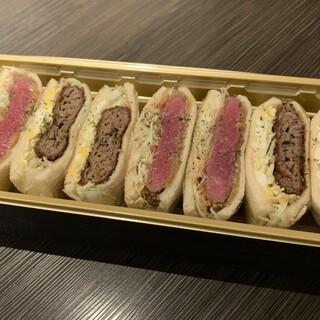 ★フィレ肉を使った絶品サンドイッチは、テイクアウトもOK★