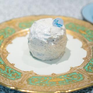 おかしやうっちー - 料理写真:タヒチ産のバニラのみるく