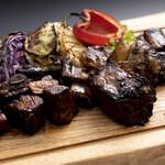 BBQ RIBS MAMMOTH -