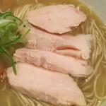 麺道はなもこし - 鶏チャーシュー (*´-`) good