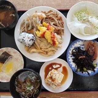 夢古道おわせ お母ちゃんのランチバイキング - 料理写真: