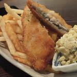 こ卯さぎ亭 - 「フィッシュ&チップス」(1/3のサイズで、¥490):フライドポテトがタップリ!ディップソースが良い酸味♪