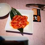 焼肉 徳寿 - 辛味噌ハーフ豚ホルモン