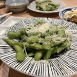 炉端と串カツ テツオ - 枝豆ペペロンチーノ